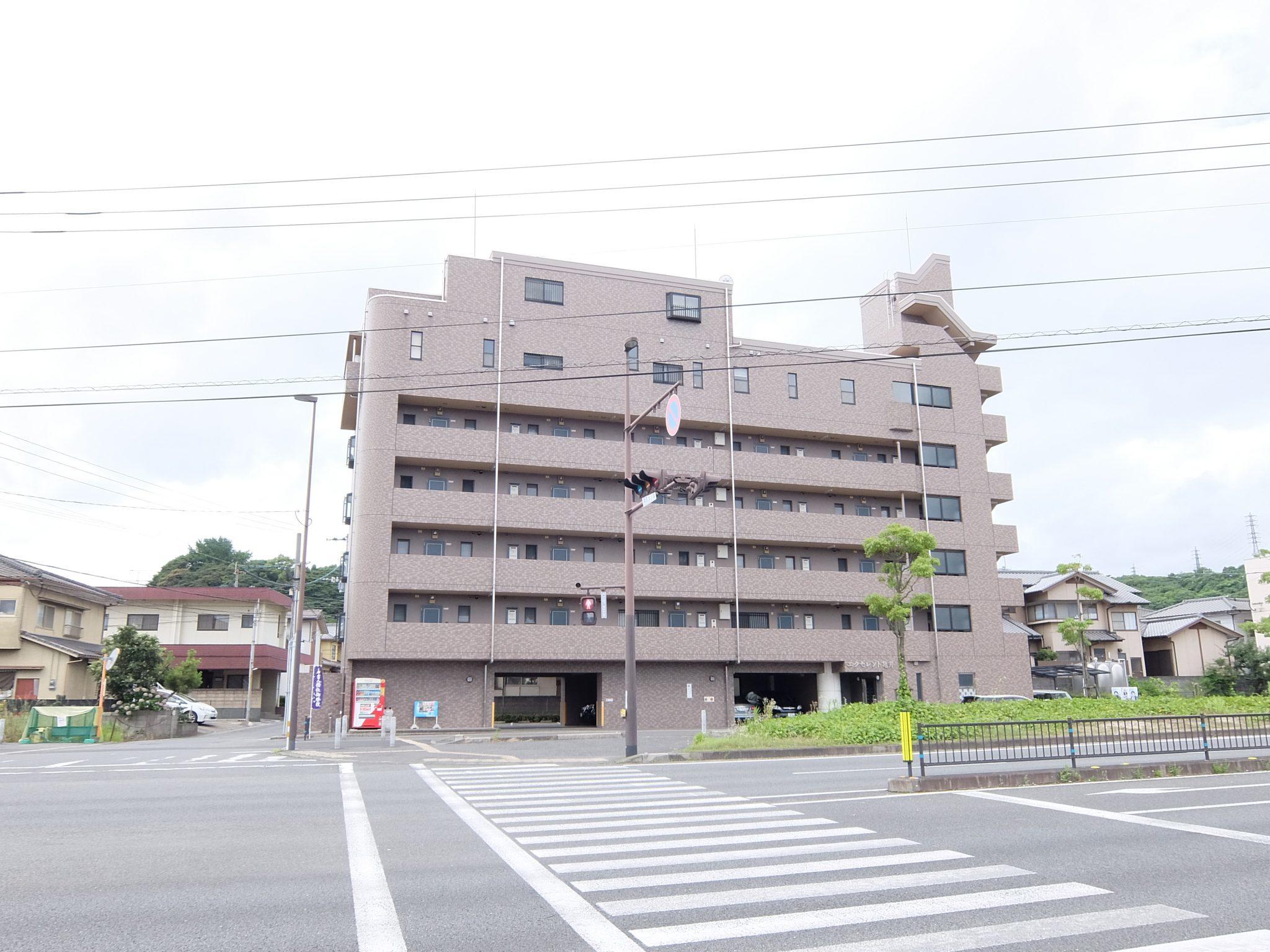 エクセレント亀井
